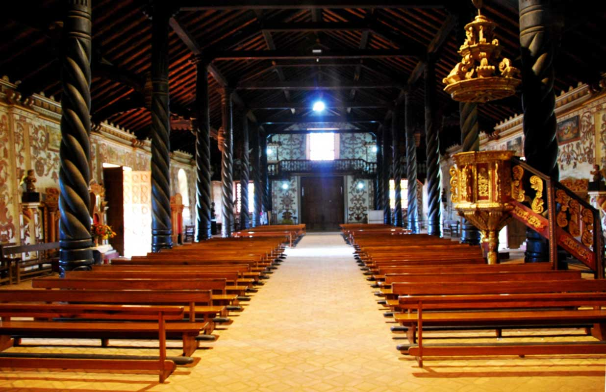 Interior de iglesias Jesuitas